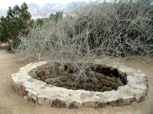 הבאר בעין עברונה. אולי עברו כאן בני ישראל