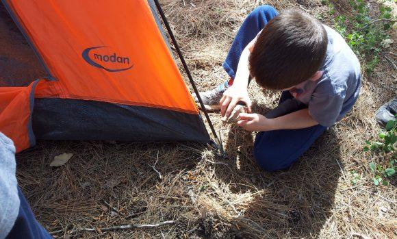 בניית אוהל גיא והר