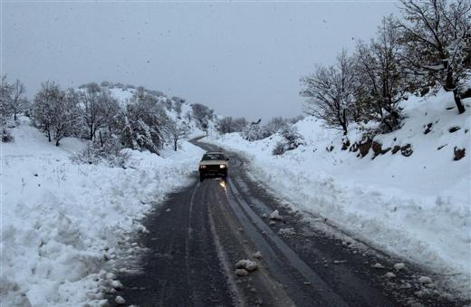 שלג בכביש