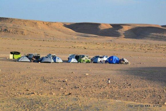 אוהלים בשטח
