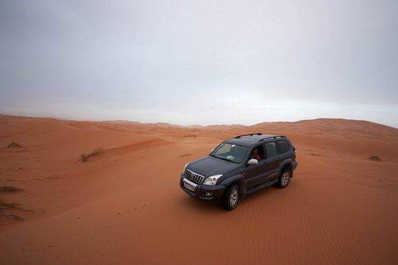 לנדקרוזר בסהרה מרוקו