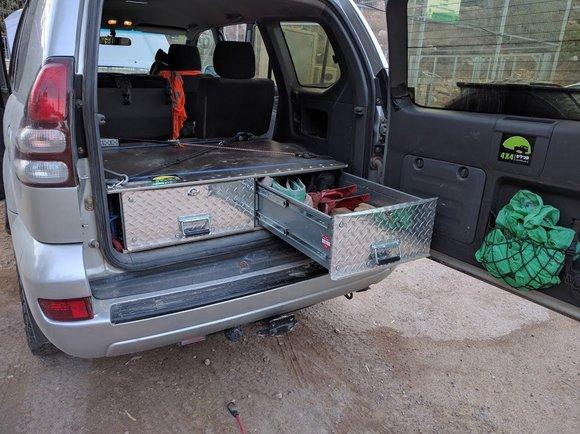 זיווד מגירות רכב שטח 4X4 חיים רכס